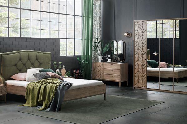 سرویس خواب چوبی به همراه کمد، دراور و تخت دو نفره شیک