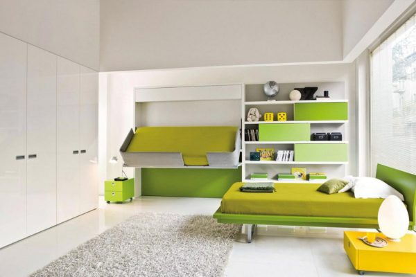 تختخواب تاشو با تم سفید سبز