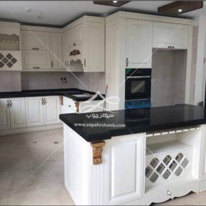 آشپزخانه با طراحی کلاسیک
